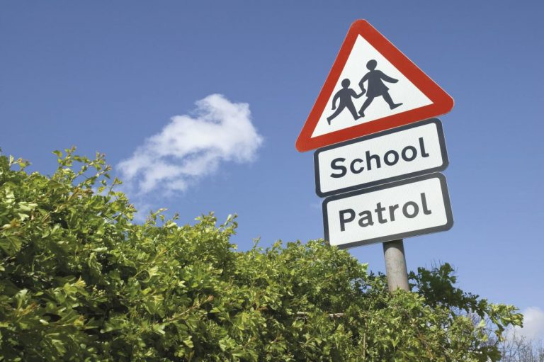How to drive safely near schools