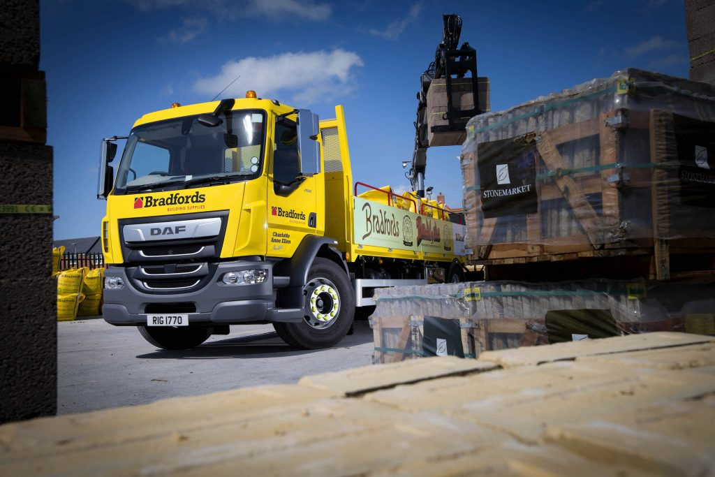 Builders Merchant celebrates 250th anniversary with new DAF CF260