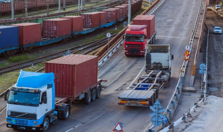 DfT considers trial of 48-tonne trucks for intermodal operations