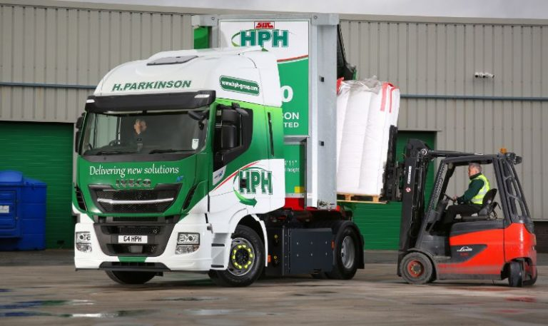 H Parkinson Haulage upgrades to Iveco Stralis NP 460 gas trucks after successful trial of Stralis NP 400