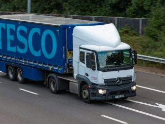 Tesco HGV drivers and warehouse staff threaten strike action over 'pay cut'