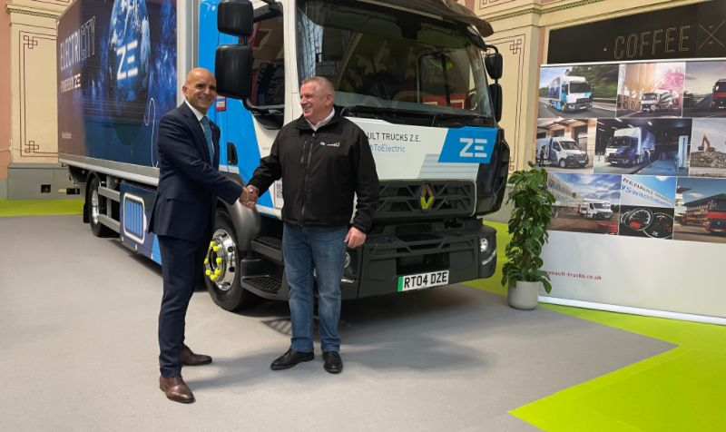 Renault Trucks supplies Recycling Lives with electric D Wide Z.E. skip loaders